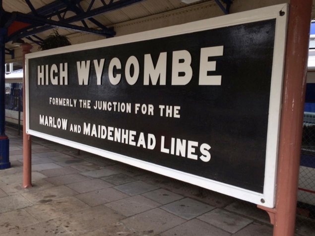 High Wycombe running in board